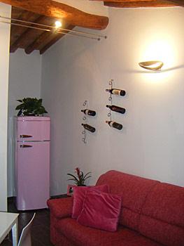 Casa immobiliare accessori arredare piccoli spazi idee for Arredare piccoli appartamenti