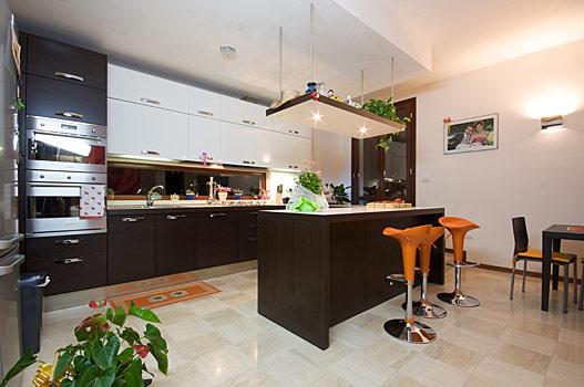 Arredamento moderno idee foto e prezzi collezione 2009 - Arredamento interno casa moderna ...